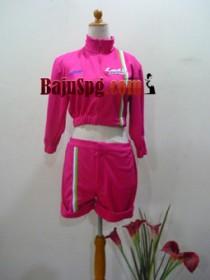 Seragam SPG Suzuki lets pink front