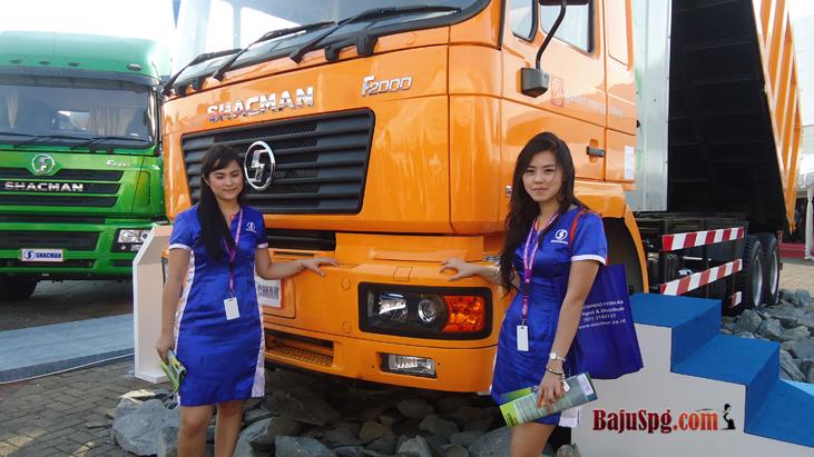 Baju Seragam SPG Shacmindo di IIMS 2014 Kemayoran Jakarta