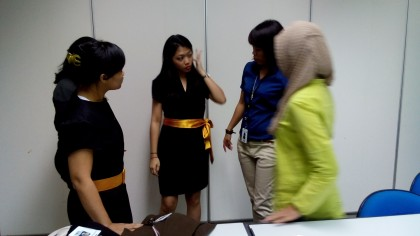 Baju Seragam Kantor Singapore